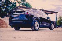 Tesla Model X90D schwarz Reichweite SUV Laden Supercharger Ausstattung Neufahrzeug Neuwagen Aachen Euregio mieten leihen Leihwagen Mietwagen Autohändler emobility