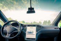 Tesla Model X90D mieten fahren leihen Leihwagen Mietwagen Cockpit Sicht Panorama Glas Frontscheibe Abachi Holz Dekor Lenkrad Touchscreen Aachen Deutschland NRW Neuwagen Elektrofahrzeug SUV Handel Autohandel