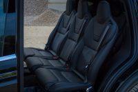 Tesla Model X90D Fond Mieten Leihen Mietwagen Leihwagen Autovermietung Autoverleih mittlere Sitzreihe Ledersitze Komfort Sitz Platz 7 Sitze seats Aachen Deutschland emobility NRW Handel Händler